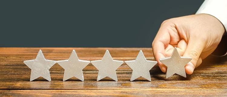 ٥ مزايا لإستراتيجية كتابة المحتوى للموقع الإلكتروني